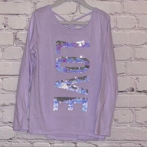 Long sleeved girls top with flip-sequin decal